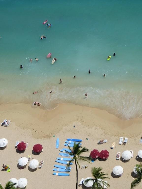 Hochzeitsreise wohin Hawaii Flitterwochen exklusiv Waikiki Beach Strand Honolulu Oahu