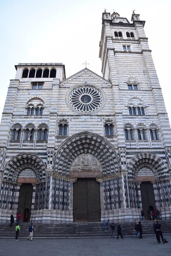 21_Kathedrale-San-Lorenzo-Genua-Ligurien-Italien