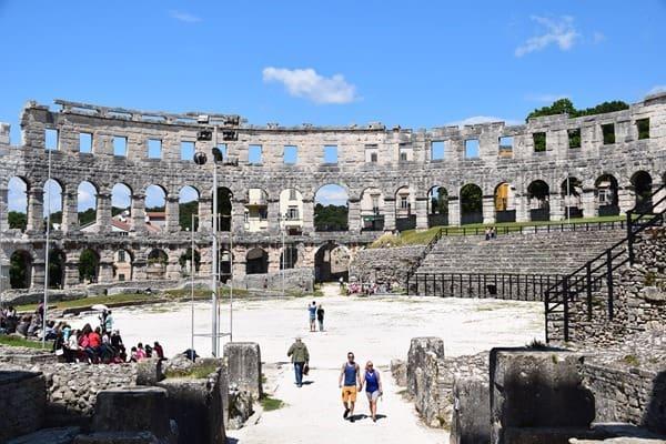 13_Arena-Amphitheater-Pula-Istrien-Kroatien