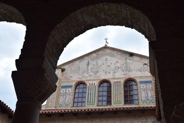 12_Ostschiff-Euphrasius-Basilika-Porec-Istrien-Kroatien