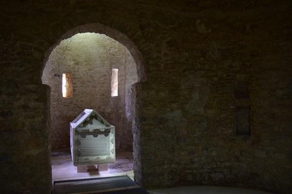 17_Sarkophag-Euphrasius-Basilika-Porec-Istrien-Kroatien