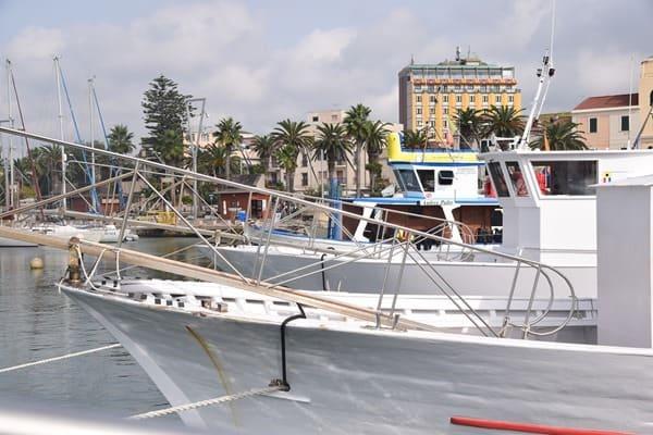 01_Hafen-Alghero-Sardinien-Italien