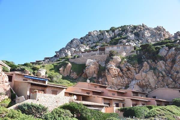 02_Ferienwohnungen-an-der-Costa-Paradiso-Sardinien-Italien