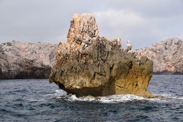 05_Felsen-auf-dem-Weg-zur-Grotta-di-Nettuno-Neptungrotte-Sardinien-Alghero-Italien