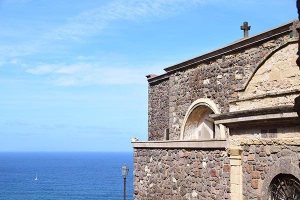 12_Kirche-La-Cattedrale-di-Sant'Antonio-Abate-Castelsardo-Sardinien-Italien