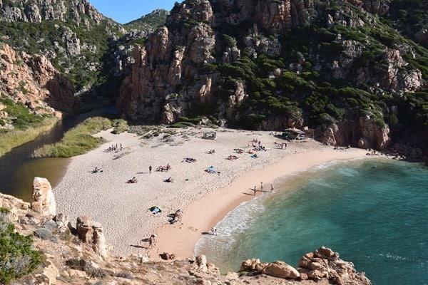 13_Traumstrand-Li-Cossi-Costa-Paradiso-Sardinien-Italien