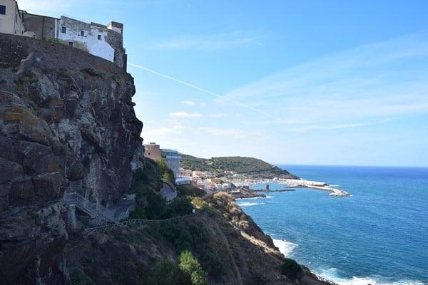 14_Ausblick-von-der-Kirche-La-Cattedrale-di-Sant'Antonio-Abate-Castelsardo-Sardinien-Italien