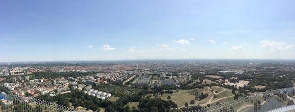 23_Panorama-vom-Olympiaturm-Olympiapark-Muenchen-Bayern