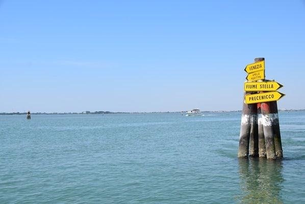 25_Wegweiser-Laguna-di-Marano-Fiume-Stella-Venezia