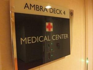 Kreuzfahrt-Bordhospital-Krankenstation-Medical-Center-Kreuzfahrtschiff