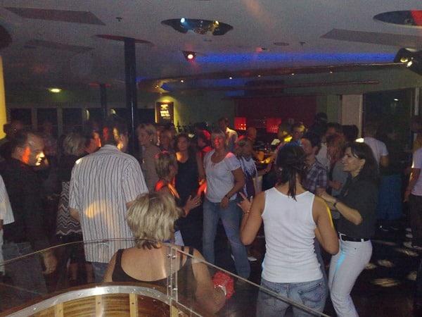 Kreuzfahrtschiff-AIDAvita-Anytime-Bar-Disco