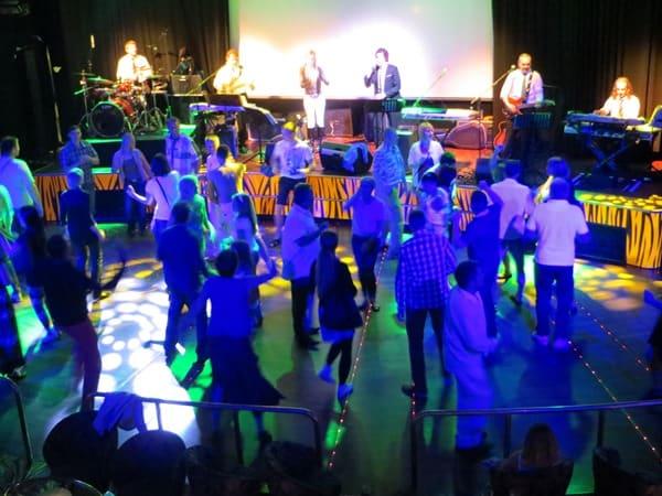 Kreuzfahrtschiff-Party-Band-Tallink-Silja-Ostsee