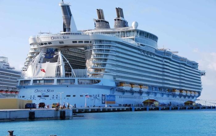 Wie sieht ein typischer Tag auf Kreuzfahrt aus Kreuzfahrtschiff Oasis of the Seas