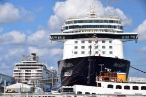 Wie-sieht-ein-typischer-Tag-auf-Kreuzfahrt-aus-Seetag-Kreuzfahrtschiff-TUI-Mein-Schiff-4