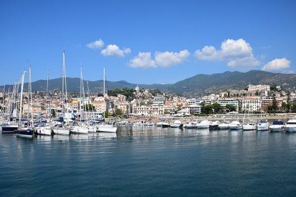 02_Hafen-San-Remo-Blumenriviera-Ligurien-Italien