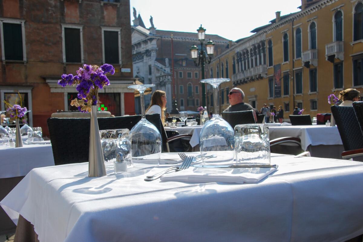 08_Restaurant-Pizzeria-Trattoria-Osteria-Venedig-Italien