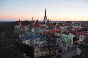 00_Sonnenanaufgang-Altstadt-Tallinn-Estland-Ostsee