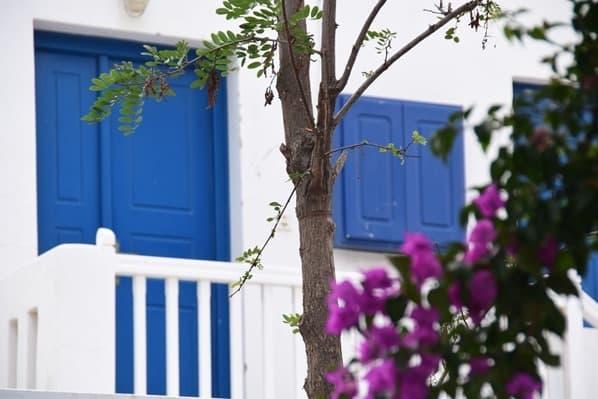06_Kreuzfahrt-Mykonos-Stadt-Fenster-Griechenland