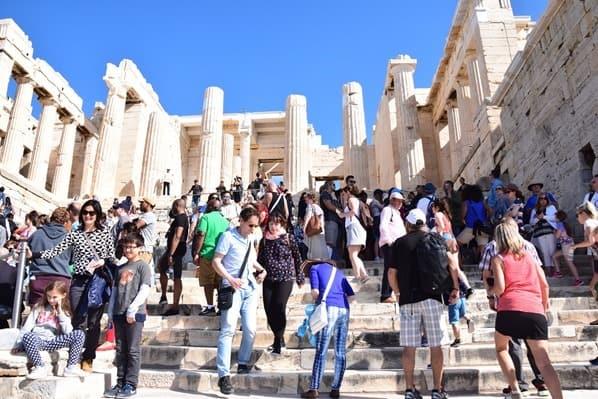 09_Propylaeen-Eingang-zur-Akropolis-Athen-Griechenland-Kreuzfahrt-Mittelmeer