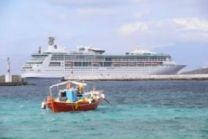 0_Kreuzfahrtschiff-Vision-of-the-Seas-Mykonos-Griechenland-Tender