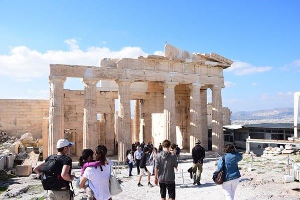 10_Propylaeen-Eingang-zur-Akropolis-Athen-Griechenland-Kreuzfahrt-Mittelmeer