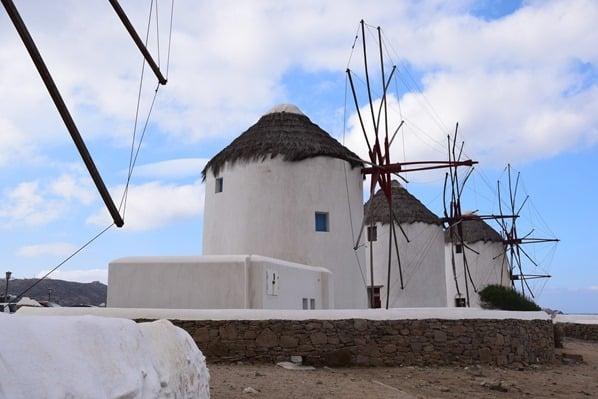 16_Windmuehlen-Mykonos-Griechenland-Kreuzfahrt-Mittelmeer