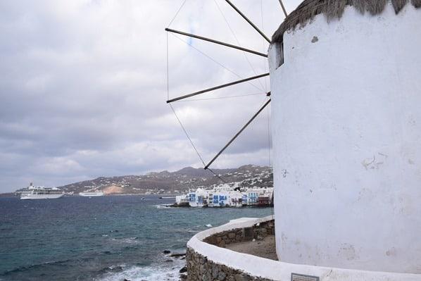 17_Windmuehle-Mykonos-Griechenland-Kreuzfahrt-Mittelmeer-Kreuzfahrtschiff-Vision-of-the-Seas