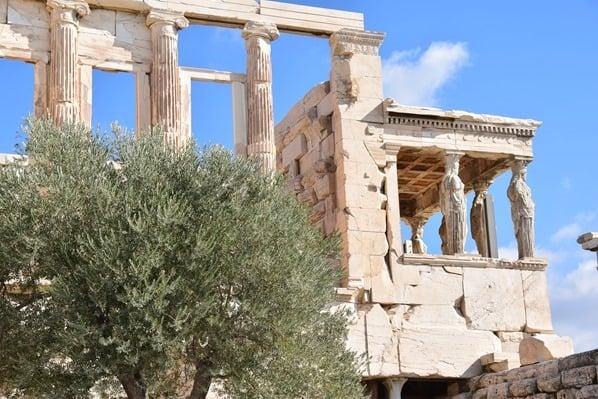 18_Karyatiden-am-Erechteion-Akropolis-Athen-Griechenland-Kreuzfahrt-Mittelmeer