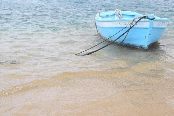 20_Strand-Fischerboot-Mykonos-Griechenland-Kreuzfahrt-Mittelmeer