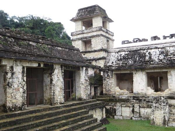 07_Maya-Ruine-Palenque-Mexiko-Palast