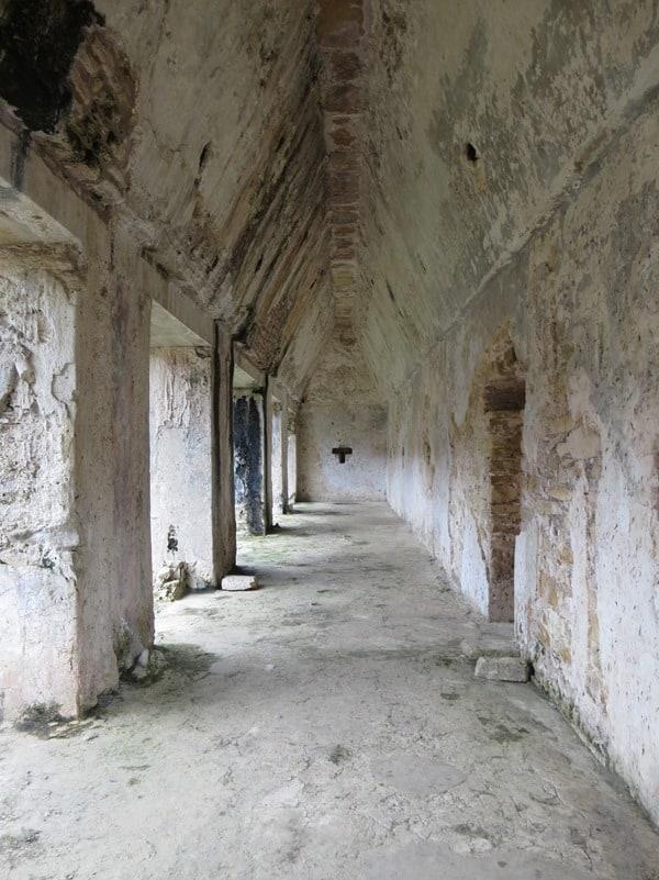 08_Maya-Ruine-Palenque-Mexiko-Palast-Gang