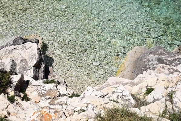 17_Kristallklares-Meer-am-Kap-Kamenjak-Istrien-Kroatien
