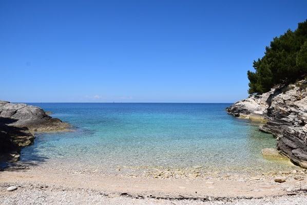 19_Bucht-Strand-Naturpark-Kap-Kamenjak-Istrien-Kroatien