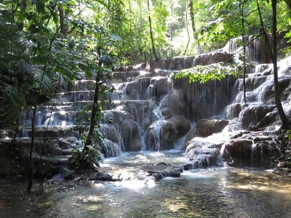 21_Wasserfall-Urwald-Maya-Ruine-Palenque-Mexiko