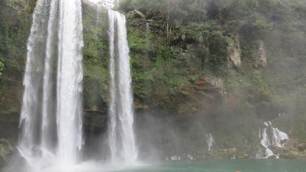 27_Wasserfällee-Misol-Ha-Urwald-Mexiko-Roadtrip