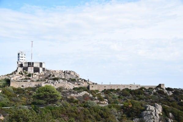20_Militaerstuetzpunkt-auf-La-Maddalena-Sardinien-Italien-Mittelmeer