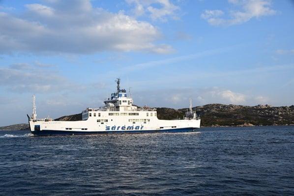 30_Saremar-Autofaehre-Palau-La-Maddalena-Sardinien-Italien-Mittelmeer