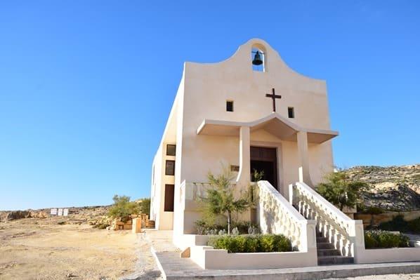 08_Kirche-am-Azure-Window-Gozo-Malta-Mittelmeer