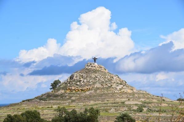 10_Tas-Salvatur-Christus-Statue-Gozo-Malta-Mittelmeer