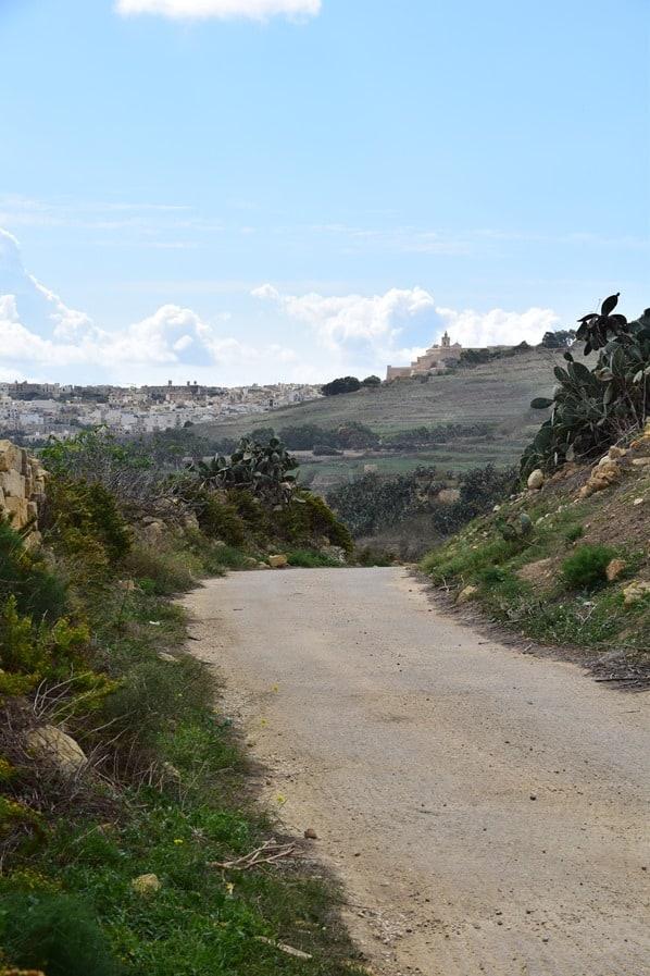11_Wanderweg-Landschaft-Gozo-Malta-Mittelmeer