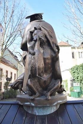 04_Statue-am-Regensburger-Dom-St.-Peter-Regensburg-Citytrip-Bayern-Deutschland-Sightseeing
