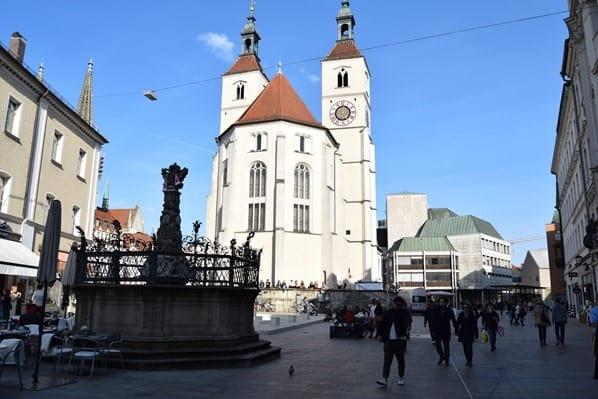 08_Neupfarrkirche-Regensburg-Bayern-Sightseeing