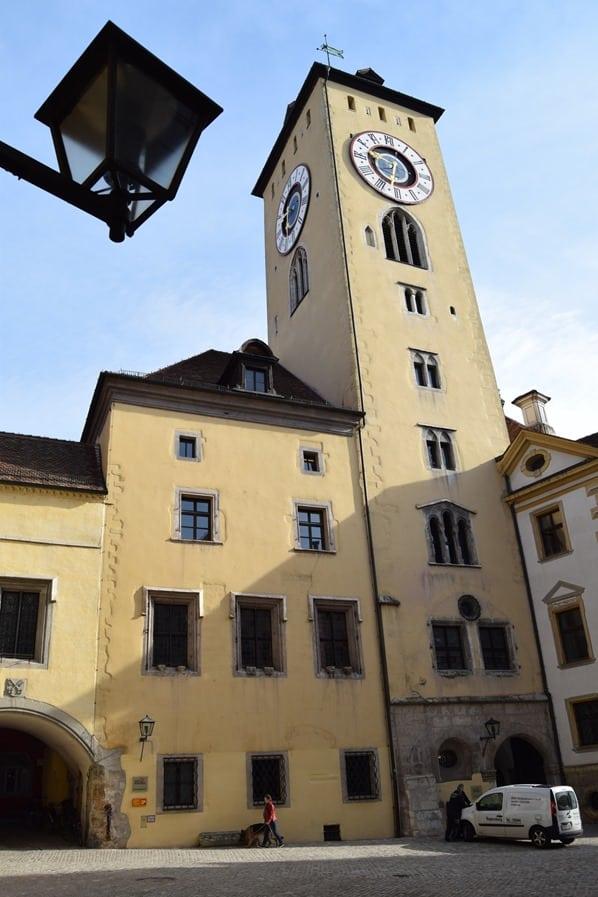 09_Altes-Rathaus-Regensburg-Bayern-Sightseeing
