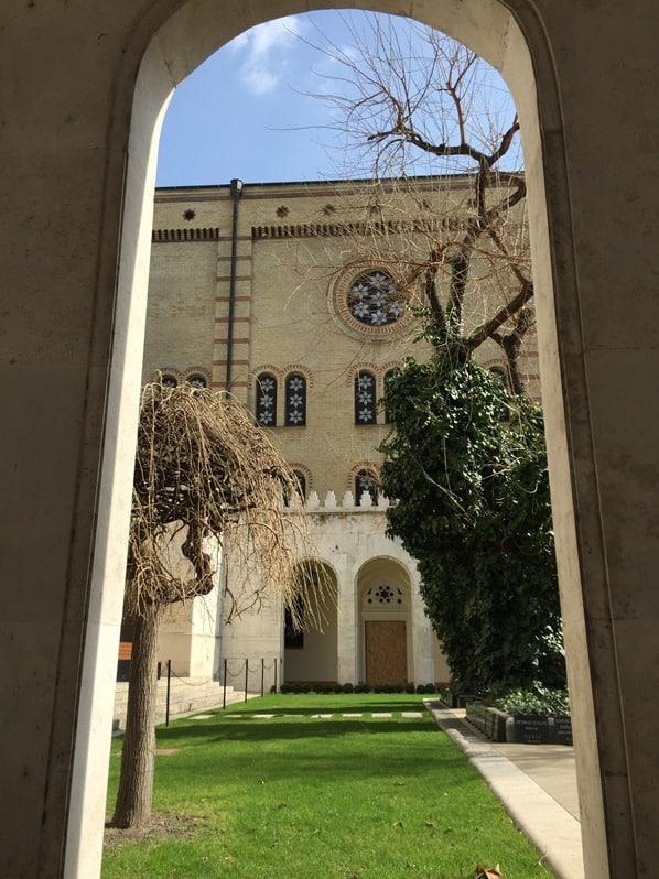 13_Flusskreuzfahrt-a-rosa-Donau-Grosse-Synagoge-der-Dohanystrasse-Budapest-Ungarn