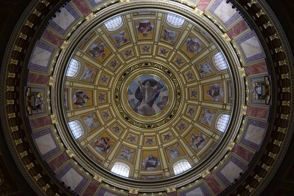 15_Flusskreuzfahrt-a-rosa-Donau-Kuppel-Sankt-Stephans-Basilika-Budapest-Ungarn