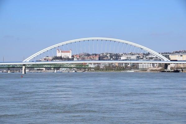 02_a-rosa-Flusskreuzfahrt-Donau-Ankunft-Bratislava-Slowakei