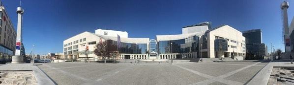 03_Panorama-Slowakisches-Nationaltheater-Braitslava-Slowakei