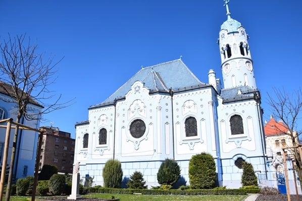 04_Sankt-Elisabeth-Kirche-Blaue-Kirche-Bratislava-Slowakei