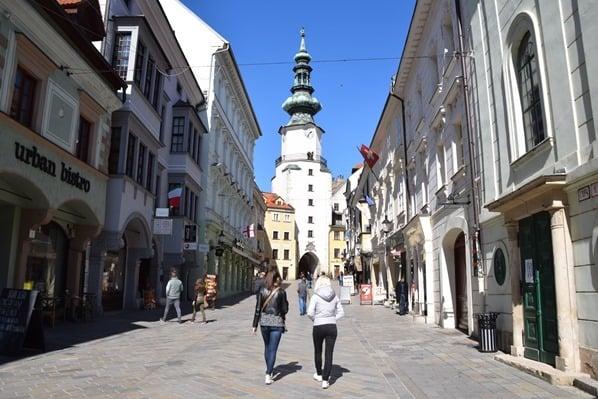 10_Michaelertor-Altstadt-Bratislava-Slowakei
