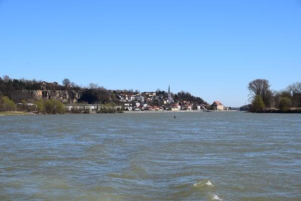 11_a-rosa-Flusskreuzfahrt-Ausblick-Donau-Oesterreich